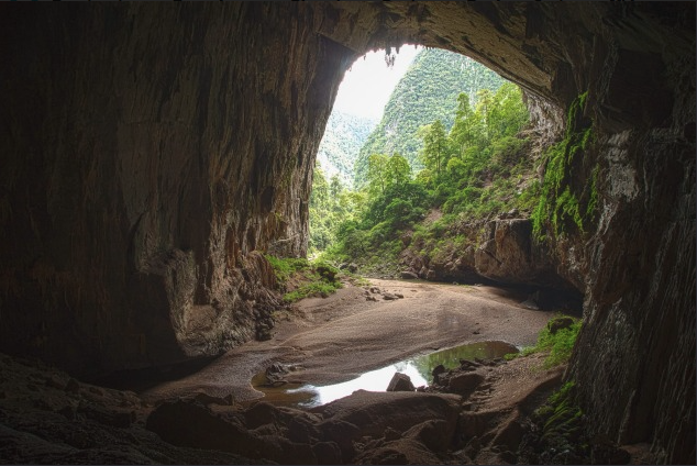 The main entrance of Hang En Cave, where 'Neverland' scenes from Hollywood's Pan were filmed. Photograph: Peter Barrett
